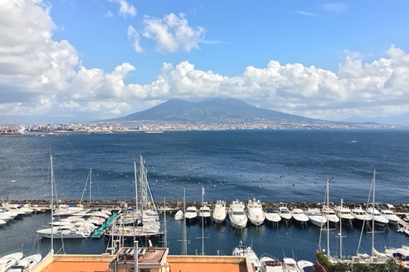Neapola virtual səyahət