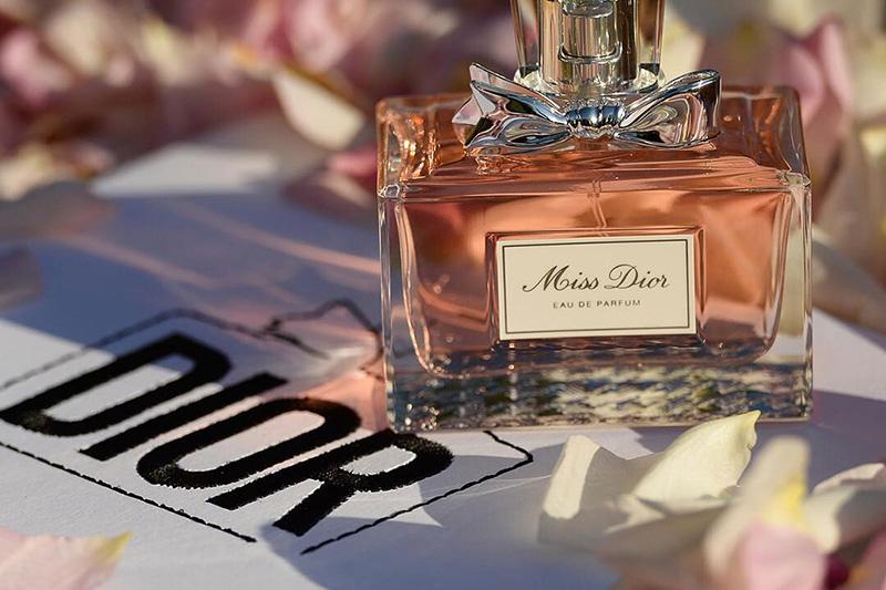 Yeni Miss Dior təqdim olundu